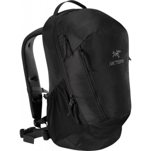 photo: Arc'teryx Mantis 26 daypack (under 2,000 cu in)