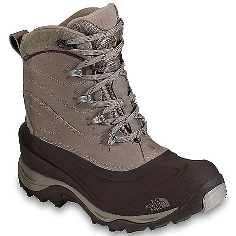 photo: The North Face Women's Chilkat II Boot winter boot