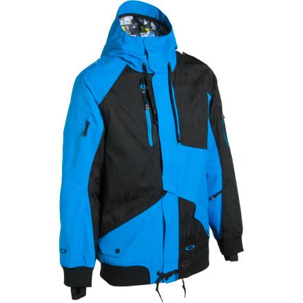 photo: Oakley Preferred Jacket snowsport jacket