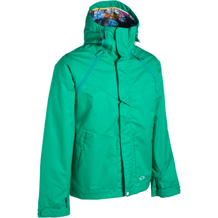 photo: Oakley Locked Jacket snowsport jacket