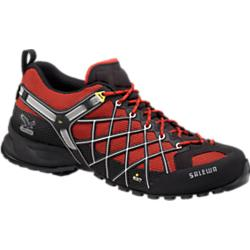 photo: Salewa Men's Wildfire GTX approach shoe