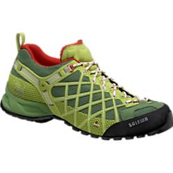 photo: Salewa Men's Wildfire approach shoe