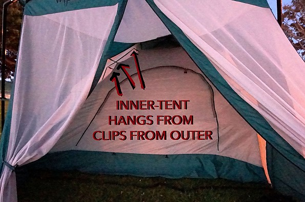 _INNER_HANGS_BY_CLIPS_FROM_OUTER-DSC0681