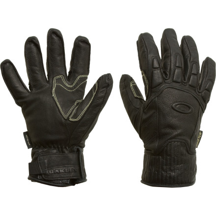 photo: Oakley No Exit Snow Glove insulated glove/mitten