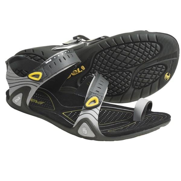 photo: Teva Zilch sport sandal