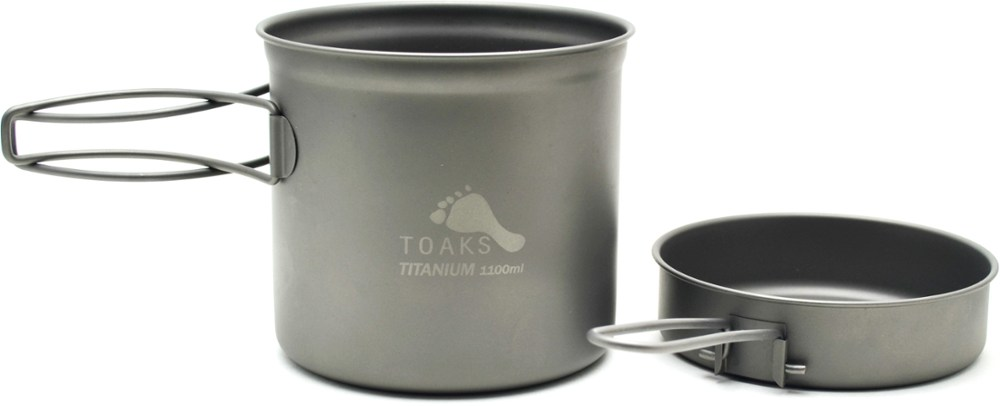 photo: Toaks Titanium 1100ml Pot with Pan pot/pan