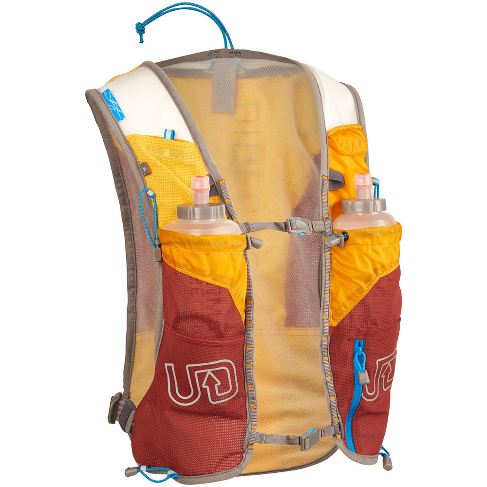 photo: Ultimate Direction SJ Ultra Vest 3.0 hydration pack