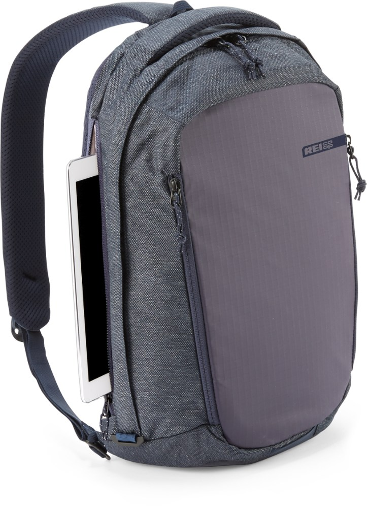 REI Signal Sling Travel Pack