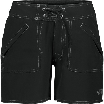 photo: The North Face Women's Apex Washoe Hybrid Short hiking short