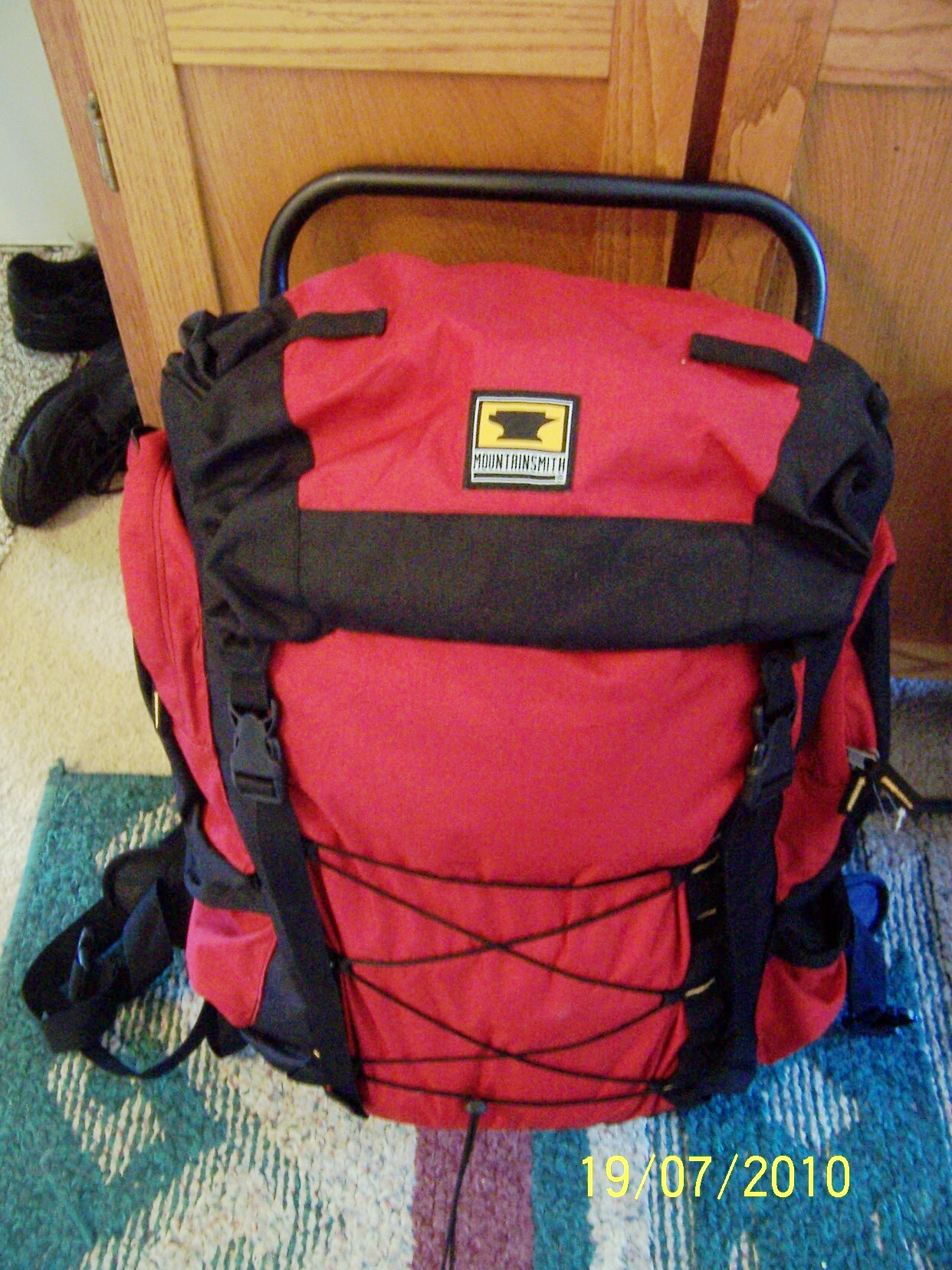 photo: Mountainsmith Eagle external frame backpack