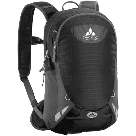 photo: VauDe Cluster 10+3 hydration pack