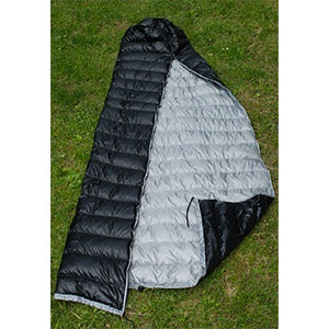 photo: Hammock Gear Burrow 50° top quilt