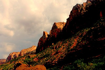 Zion-Cliffs.jpg
