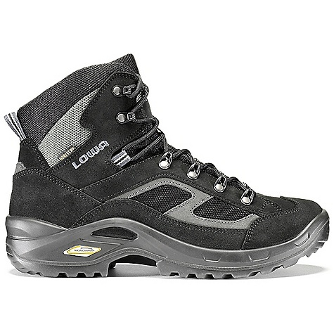 photo: Lowa Scorpio GTX Mid hiking boot