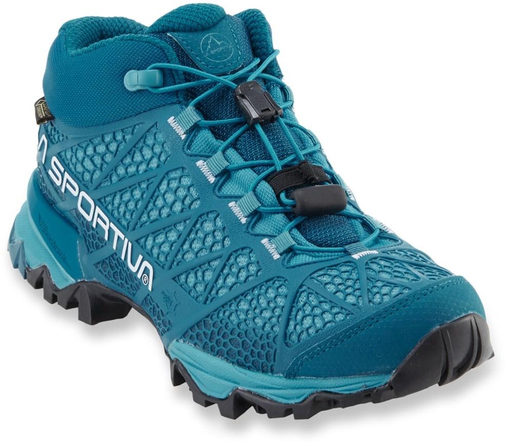 photo: La Sportiva Women's Synthesis Mid GTX hiking boot