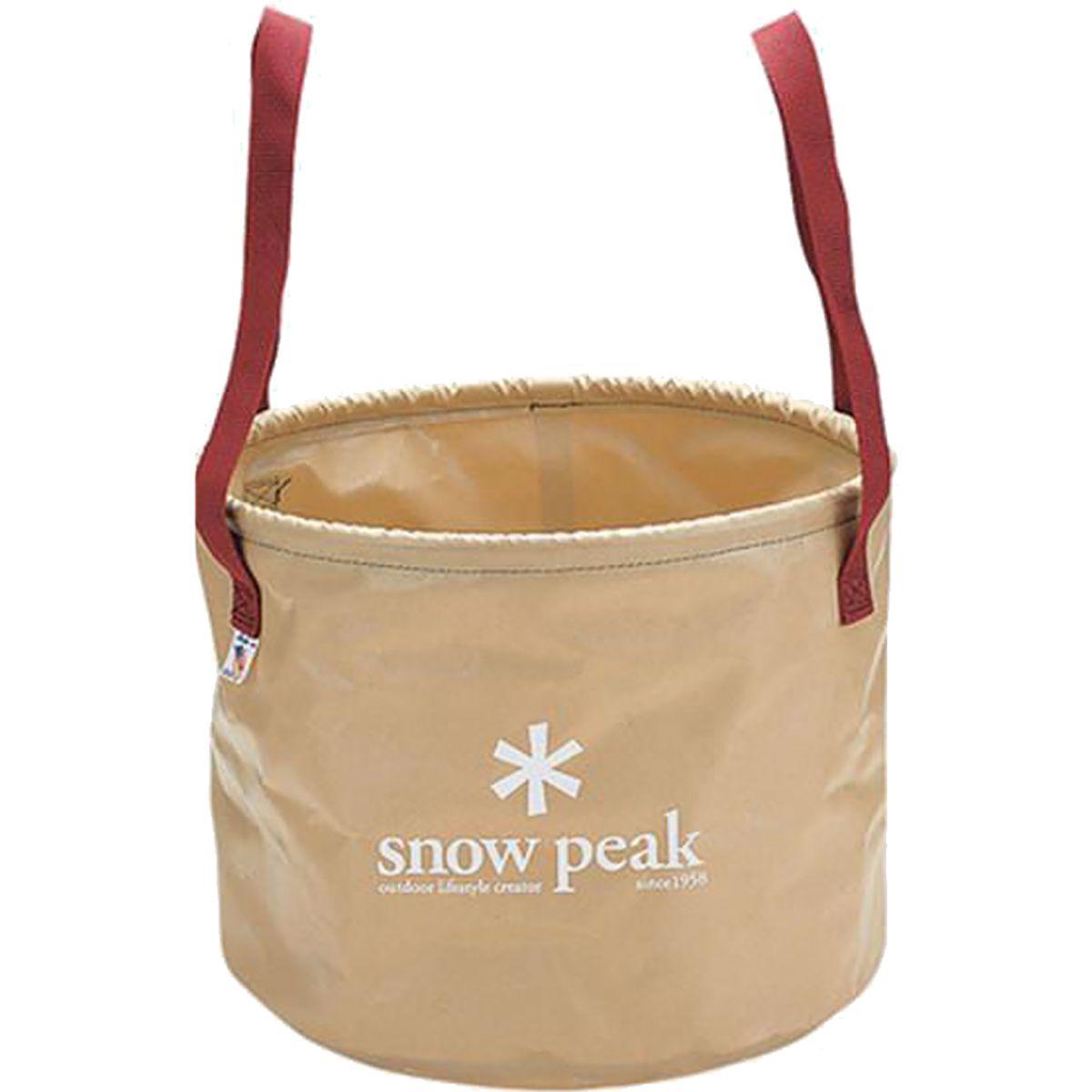 photo: Snow Peak Camping Bucket bucket/sink