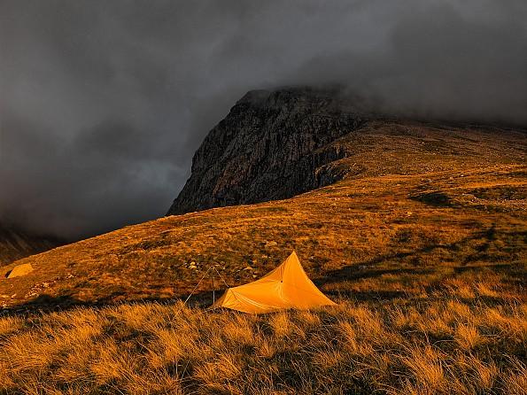 tent4_easyHDR.jpg