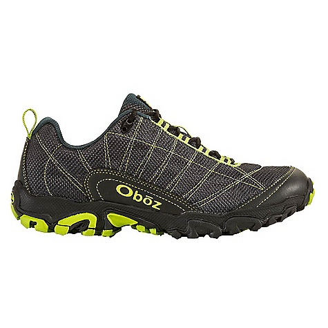 photo: Oboz Sundog trail shoe