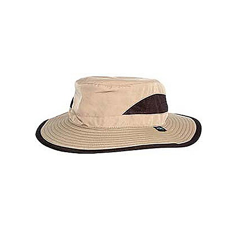 photo: Sea to Summit Pilbara sun hat