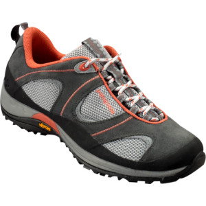 photo: Patagonia Pinhook trail shoe