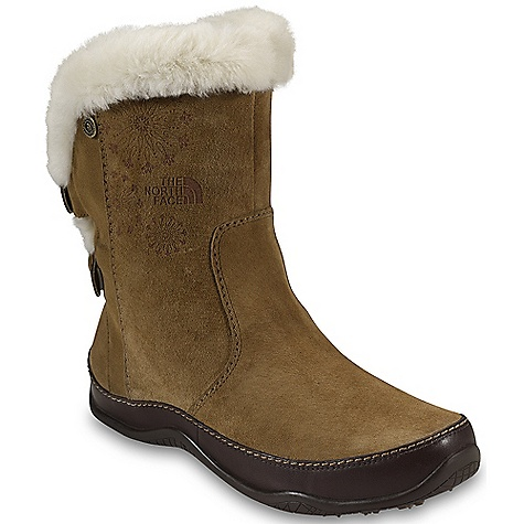 photo: The North Face Abby II winter boot