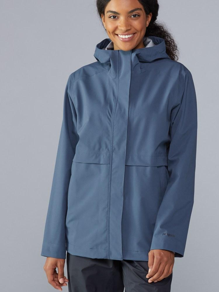 photo: Patagonia Cloud Country Jacket waterproof jacket