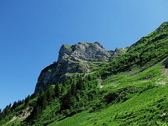 summit-approach2.jpg