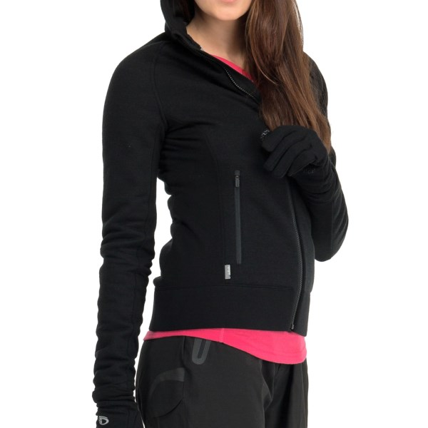 photo: Icebreaker Arctic Hood fleece jacket