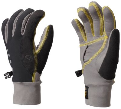 photo: Mountain Hardwear Women's Momentum Running Glove soft shell glove/mitten