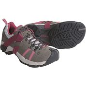 photo: Teva Men's Ossagon trail shoe
