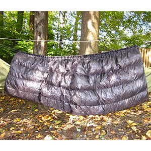 photo: Hammock Gear Phoenix 20 under quilt