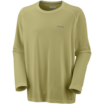 photo: Columbia Bug Shield Long Sleeve Top long sleeve performance top