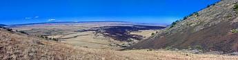 The-four-mile-long-lava-flow-off-SP-Crat