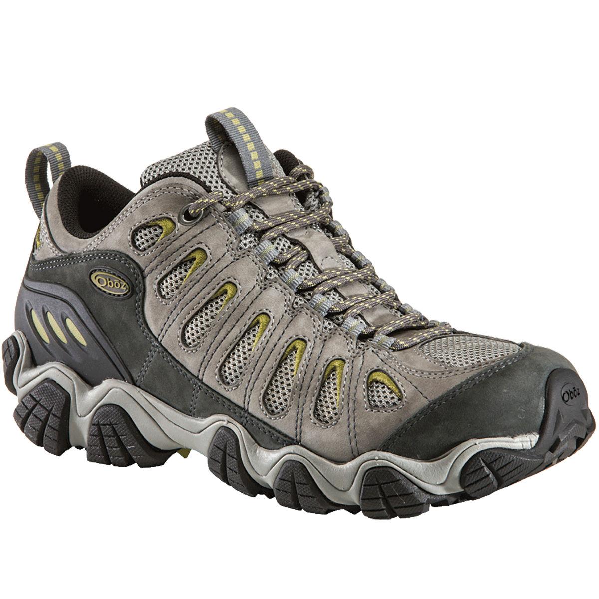 photo: Oboz Sawtooth Low trail shoe