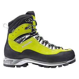 photo: Lowa Cevedale Pro GTX mountaineering boot