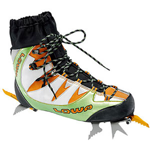 photo: Lowa Ice Comp IP GTX mountaineering boot