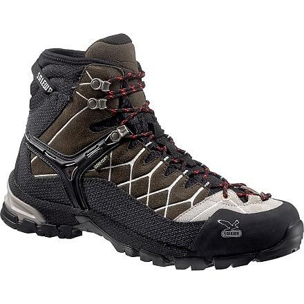 photo: Salewa Alp Trainer Mid GTX hiking boot