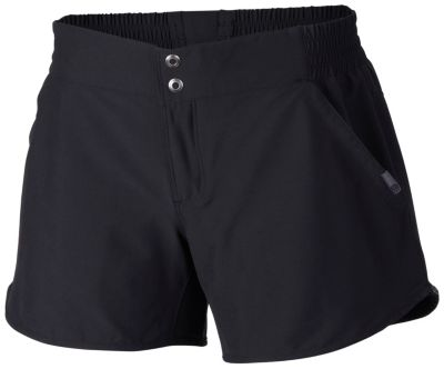 photo: Mountain Hardwear Petrina Short active short