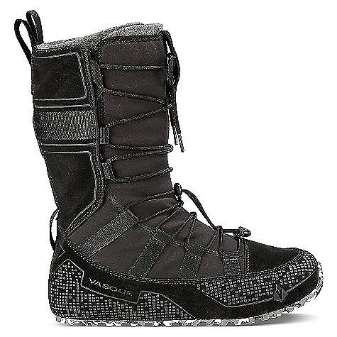 photo: Vasque Lost 40 winter boot