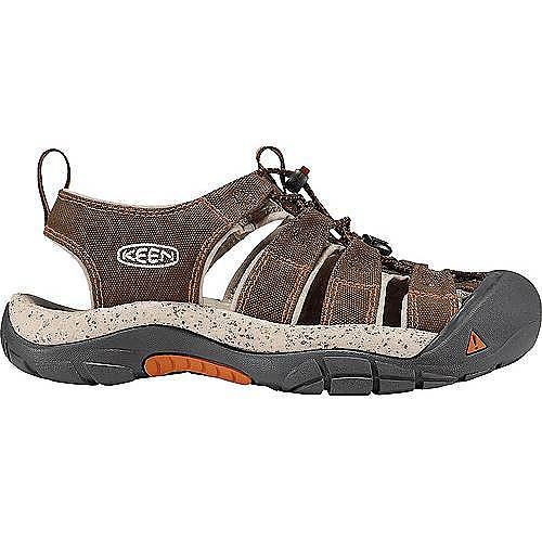 photo: Keen Newport Canvas sport sandal