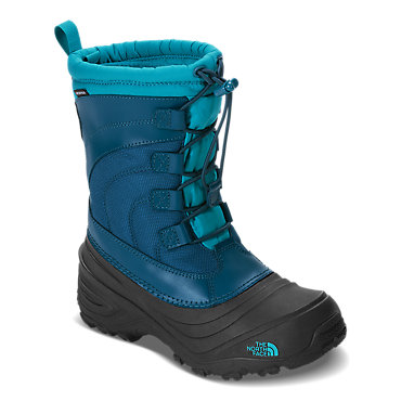 photo: The North Face Alpenglow IV winter boot