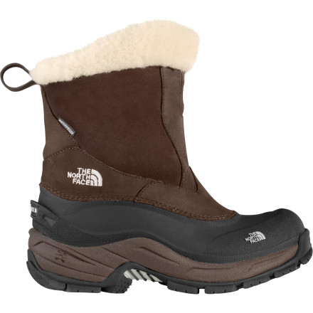 photo: The North Face Greenland Zip winter boot