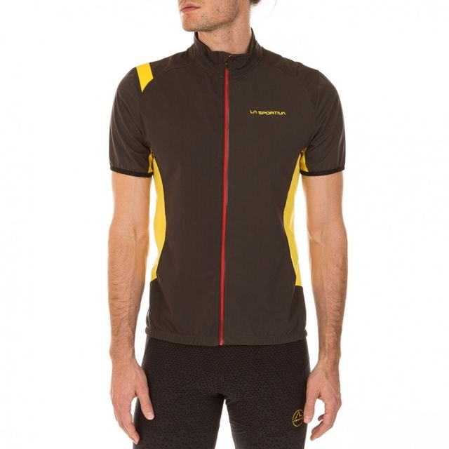 photo: La Sportiva Mach Vest short sleeve performance top