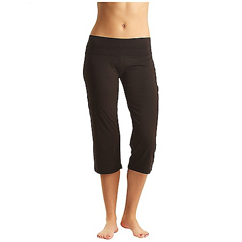 photo: Tasc Performance Loose Fit Training Capri performance pant/tight