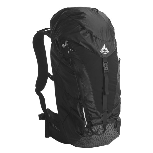 photo: VauDe Bias Ultralight 30 winter pack