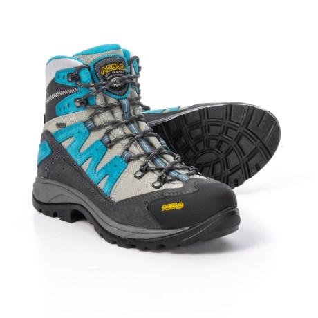 photo: Asolo Women's Neutron GV hiking boot