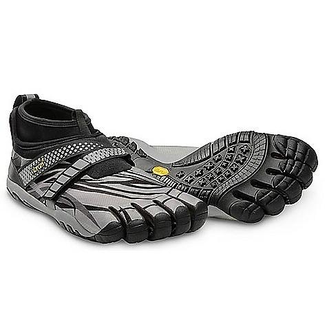 photo: Vibram FiveFingers Lontra barefoot / minimal shoe