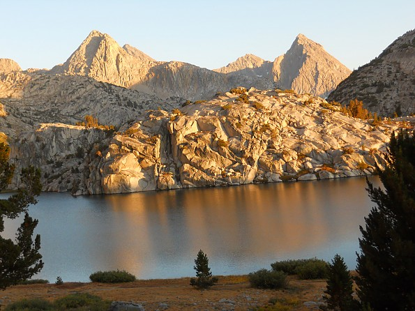 Evolution-Lake---view-from-camp-02.jpg