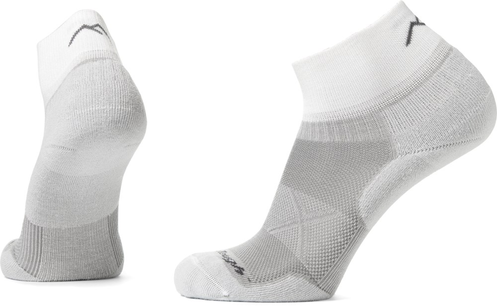 photo: Darn Tough Men's Vertex 1/4 Sock Ultra-Light Cushion running sock