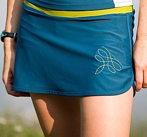 photo of a Dude Girl running skirt